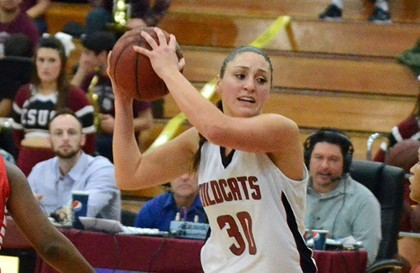Women's Basketball player McKenzie Dalthorp